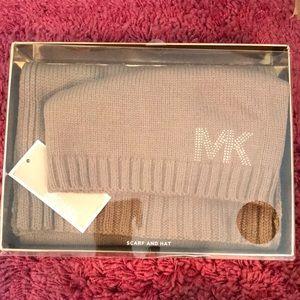 Michael Kors hat & scarf set